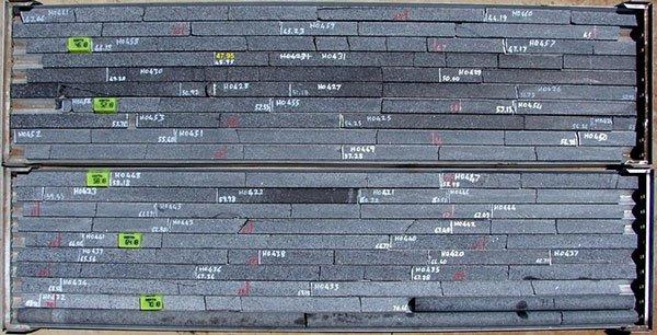 TNO-magnetite-layers.jpg