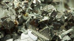 Trek Metals Nabs Potential Zinc-Lead Behemoth: Drilling in Weeks